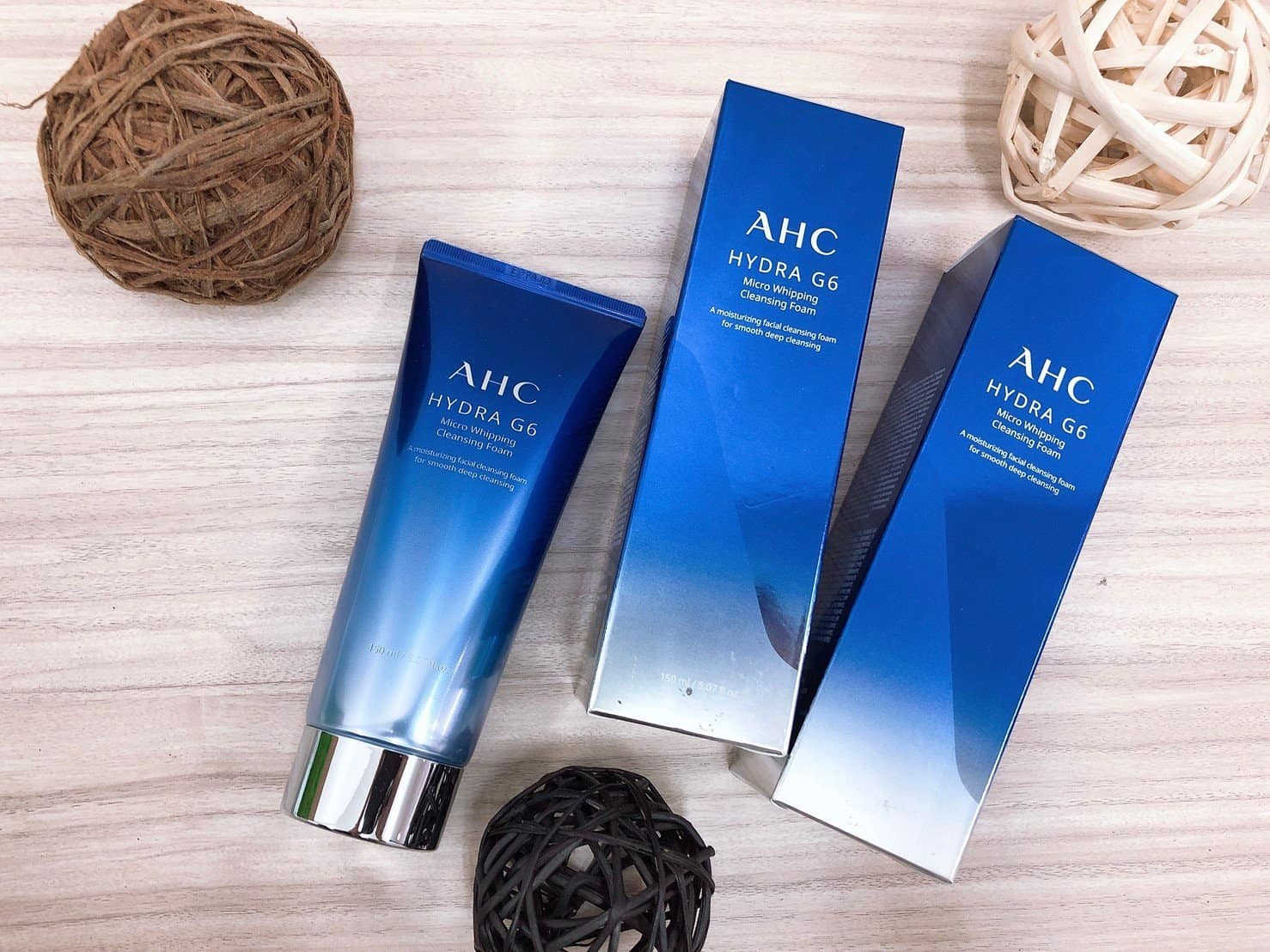 AHC Hydra G6 Micro Whipping Cleansing Foam preview
